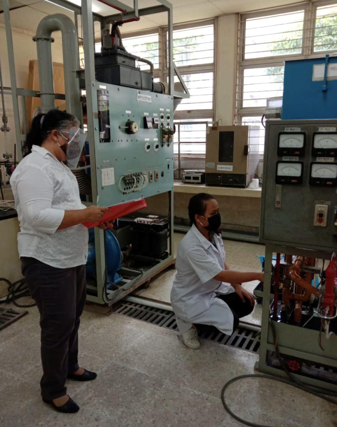Pengoperasian Peralatan Heat Exchanger TUK Kimia